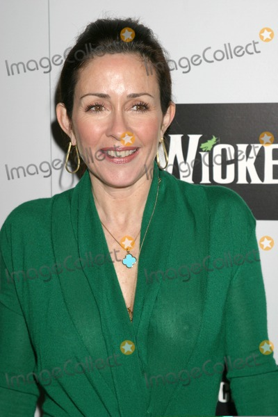 Patricia Heaton Photo - Patricia HeatonOpening of the Play Wicked at the Pantages TheaterHollywood CAFebruary 21 2007