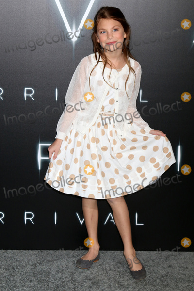 Abigail Pniowsky Photo - LOS ANGELES - NOV 6  Abigail Pniowsky at the Arrival Premiere at Village Theater on November 6 2016 in Westwood CA