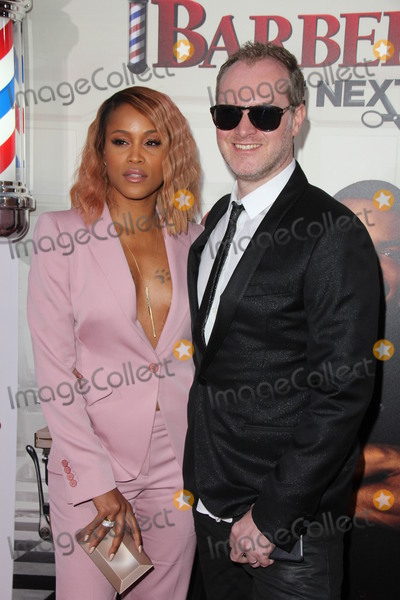 Maximillion Cooper Photo - LOS ANGELES - APR 6  Eve Maximillion Cooper at the Barbershop - The Next Cut Premiere at the TCL Chinese Theater on April 6 2016 in Los Angeles CA