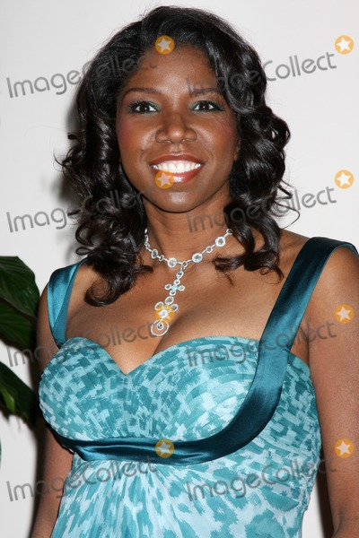 Nicki Micheaux Photo - Nicki Micheaux arriving at the Essence Luncheon at the Beverly Hills Hotel in Beverly Hills CA onFebruary 19 2009