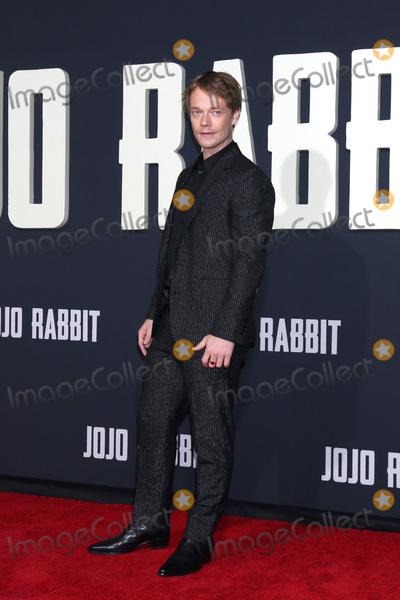 Alfie Allen Photo - LOS ANGELES - OCT 15  Alfie Allen at the Jojo Rabbit Premiere at the American Legion Post 43 on October 15 2019 in Los Angeles CA