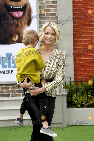 Jaime King Photo - LOS ANGELES - JUN 2  Jaime King son at the The Secret Life of Pets 2 Premiere at the Village Theater on June 2 2019 in Westwood CA