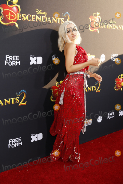 Dove Cameron Photo - LOS ANGELES - JUL 11  Dove Cameron at the Descendants 2 Premiere Screening at the Cinerama Dome at ArcLight on July 11 2017 in Los Angeles CA