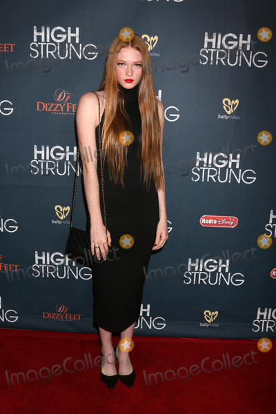 Larsen Thompson Photo - LOS ANGELES - MAR 29  Larsen Thompson at the High Strung Premeire at the TCL Chinese 6 Theaters on March 29 2016 in Los Angeles CA