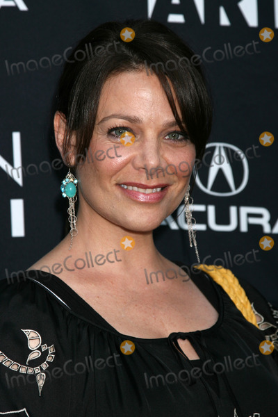 Meredith Salenger Photo - Meredith Salenger arriving at the Towelhead Premiere at the ArcLight Theaters in r Los Angeles   CA onSeptember 3 2008