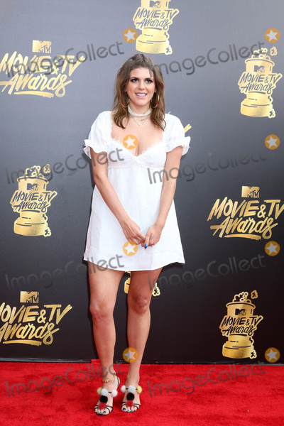 Molly Tarlov Photo - LOS ANGELES - MAY 7  Molly Tarlov at the MTV Movie and Television Awards on the Shrine Auditorium on May 7 2017 in Los Angeles CA