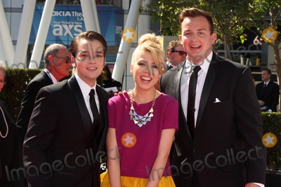 Noah Munck Photo - LOS ANGELES - SEP 15  Nathan Kress Jennette McCurdy Noah Munck at the Creative Emmys 2013 - Arrivals at Nokia Theater on September 15 2013 in Los Angeles CA