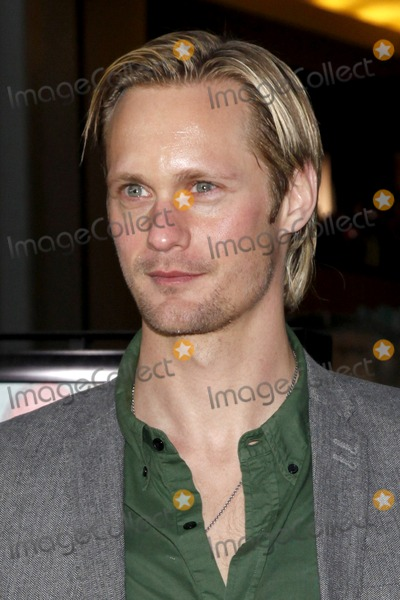 Alexander Skarsgard- Photo - Alexander Skarsgard arriving at the LA Screening of the HBO Movie Grey Gardens at Graumans Chinese Theater in Los Angeles CA on April 16 2009
