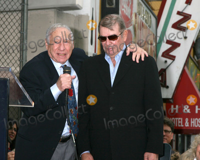 Alan Ladd Photo - Mel Brooks  Alan Ladd JrAlan Ladd Jr Hollywood Walk of Fame CeremonyLos Angeles  CASeptember 28 2007