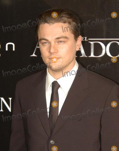 Leo DiCaprio Photo - Madrid Spain 1-10-2005Leo DiCaprio at the premiere of  The AviatorDigital Photo by Edu Nividhia-PHOTOlinkorg