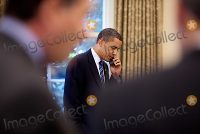 Harry Reid Photo - Washington DC - June 9 2009 -- United States President Barack Obama speaks on a conference call in the Oval Office to Sen Harry Reid and Senator Patrick LeahyMANDATORY CREDIT Pete SouzaWhite House-CNP-PHOTOlinknet