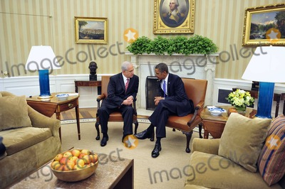 Benjamin Netanyahu Photo - United States President Barack Obama meets Prime Minister Benjamin Netanyahu of Israel in the Oval Office of the White House in Washington DC on Wednesday September 1 2010  This is one of several meetings between the President and Middle East Leaders in advance of the opening of the first direct talks in two years between Israel and the Palestinian Authority scheduled to begin at the State Department in Washington DC tomorrowPhoto by Ron SachsPool-CNP-PHOTOlinknet