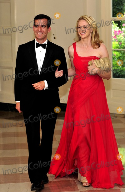 Amy Wakeland Photo - Eric Garcetti President of the Los Angeles City Council Los Angeles California and Amy Wakeland arrive for a State Dinner in honor of Chancellor Angela Merkel of Germany at the White House in Washington DC  on Tuesday June 7 2011Photo by Ron SachsCNP-PHOTOlinknet