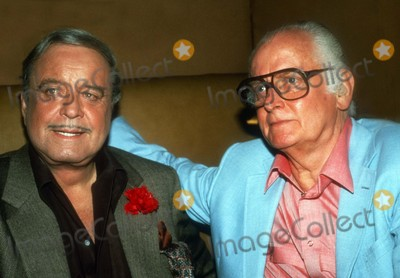 Art Carney Photo - Jackie Gleason Art Carney1284JPGCelebrity Archaeology 1985 FILE PHOTONew York NYJackie Gleason Art CarneyPhoto by Adam Scull-PHOTOlinknet