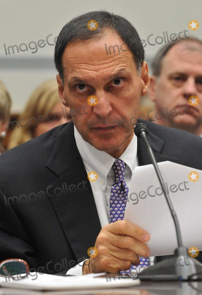 Richard S Fuld Jr Photo - RESTRICTED NO NEW YORK OR NEW JERSEY NEWSPAPERS WITHIN A 75 MILE RADIUS OF NYCWashington DC - October 6 2008 -- Richard S Fuld Jr Chairman and Chief Executive Officer Lehman Brothers Holdings testifies before the United States House Committee on Oversight and Government Reform hearing on The Causes and Effects of the Lehman Brothers Bankruptcy in the Rayburn House Office Building Photo by Ron Sachs-CNP-PHOTOlinknet