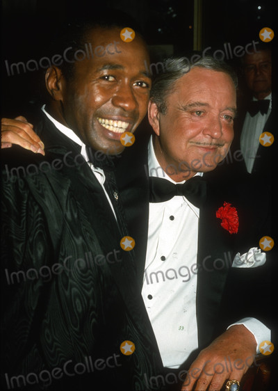 Jackie Gleason Photo - Ben Vereen Jackie Gleason1939JPG1985 FILE PHOTONew York NYBen Vereen Jackie GleasonPhoto by Adam Scull-PHOTOlinknetONE TIME REPRODUCTION RIGHTS ONLYNO WEBSITE USE WITHOUT AGREEMENTE-TABLETIPAD  MOBILE PHONE APPPUBLISHING REQUIRE ADDITIONAL FEES718-374-3733-OFFICE - 917-754-8588-CELLeMail INFOPHOTOLINKNET