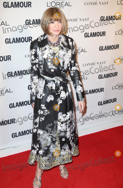 Anna Wintour Photo - Photo by KGC-146starmaxinccomSTAR MAXCopyright 2015ALL RIGHTS RESERVEDTelephoneFax (212) 995-119611915Anna Wintour at the Glamour Women of the Year Awards(NYC)