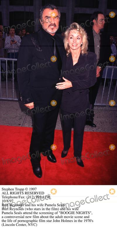 Burt Reynolds Photo - Photo by Stephen TruppSTAR MAX Inc - copyright 1997Burt Reynolds and Pamela Seals