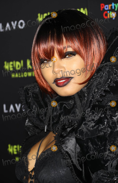 Juanes Photo - Photo by Juan Dela CruzstarmaxinccomSTAR MAX2018ALL RIGHTS RESERVEDTelephoneFax (212) 995-1196103118Danielle Herrington at Heidi Klums 19th Annual Halloween Party in New York City