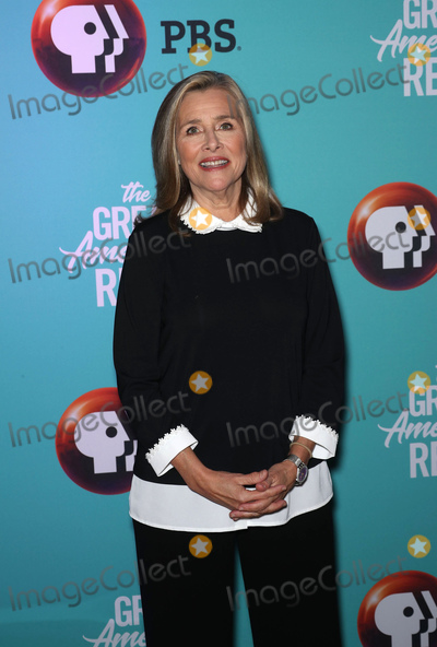 Meredith Vieira Photo - Photo by John NacionstarmaxinccomSTAR MAXCopyright 2018ALL RIGHTS RESERVEDTelephoneFax (212) 995-119642018Meredith Vieira at the PBS Television Network launch of The Great American Read in New York City(NYC)