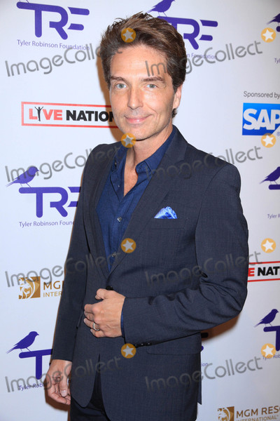Richard Marx Photo - Photo by Raoul GatchalianstarmaxinccomSTAR MAX2017ALL RIGHTS RESERVEDTelephoneFax (212) 995-119682517Richard Marx at The Tyler Robinson Foundation 4th Annual Gala in Las Vegas Nevada