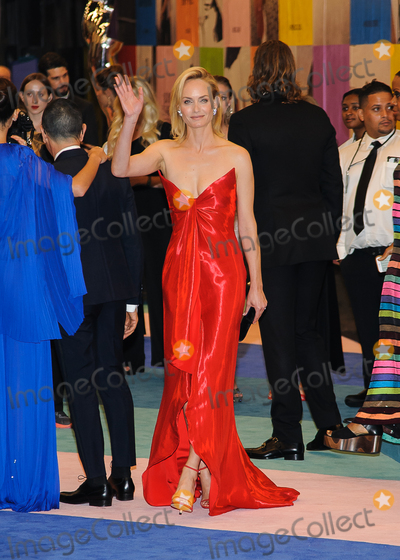 Amber Valletta Photo - Photo by ESBP  StarmaxinccomSTAR MAX2017ALL RIGHTS RESERVEDTelephoneFax (212) 995-1196060517Amber Valletta is seen outside of the Hammerstein Ballroom