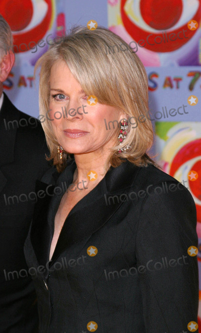 Candace Bergen Photo - Photo by David Greenmanstarmaxinccom200311203Candace Bergen at the CBS 75th Anniversary Gala(NYC)