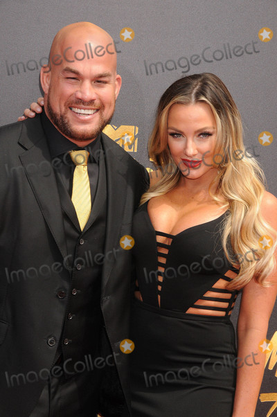 Amber Nicole Photo - Photo by GalaxystarmaxinccomSTAR MAX2017ALL RIGHTS RESERVEDTelephoneFax (212) 995-11965717Tito Ortiz and Amber Nicole Miller at The 2017 MTV Movie And TV Awards in Los Angeles CA