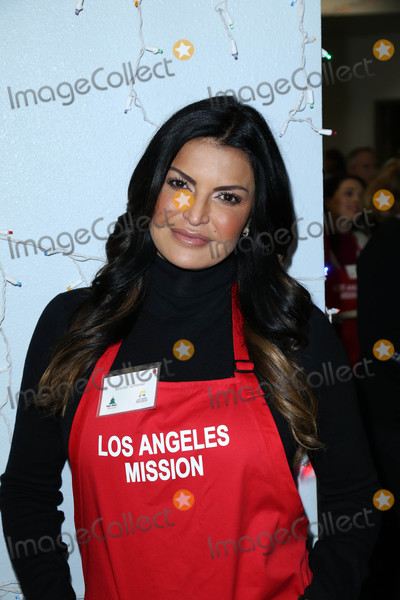 Jennifer Gimenez Photo - Photo by gotpapstarmaxinccomSTAR MAX2016ALL RIGHTS RESERVEDTelephoneFax (212) 995-1196122316Jennifer Gimenez at The LA Mission Christmas Dinner for the Homeless in Los Angeles CA