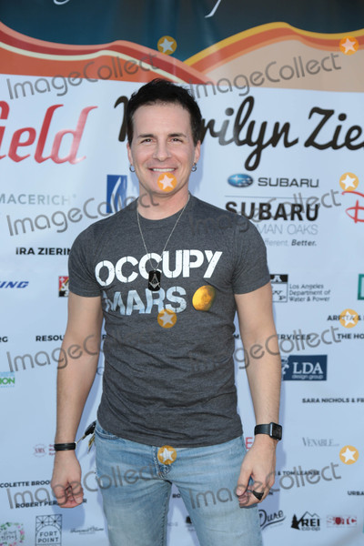 Hal Sparks Photo - Photo by gotpapstarmaxinccomSTAR MAX2017ALL RIGHTS RESERVEDTelephoneFax (212) 995-119610717Hal Sparks at the TreePeoples An Evening Under The Harvest Moon Charity Gala at TreePeople in Beverly Hills CA