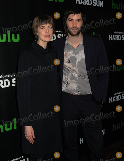 Agyness Deyn Photo - Photo by Demis MaryannakisstarmaxinccomSTAR MAX2018ALL RIGHTS RESERVEDTelephoneFax (212) 995-119622818Agyness Deyn and Jim Sturgess at Hard Sun Series Premiere at Regal Union Square
