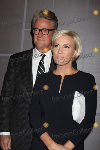 Joe Scarborough Photo - Photo by Victor MalafrontestarmaxinccomSTAR MAX2017ALL RIGHTS RESERVEDTelephoneFax (212) 995-11969817Joe Scarborough and Mika Brzezinski at The Daily Front Rows Fashion Media Awards in New York City