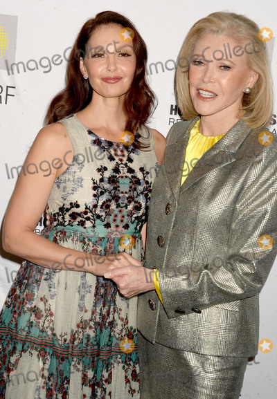 AUDREY GRUSS Photo - Photo by Dennis Van TinestarmaxinccomSTAR MAXCopyright 2017ALL RIGHTS RESERVEDTelephoneFax (212) 995-119611817Ashley Judd and Audrey Gruss at the 11th Annual Hope For Depression Research Foundation HOPE Luncheon(NYC)