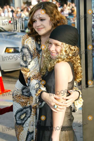 Jenna Boyd Photo - Photo by NPXstarmaxinccom200553105Amber Tamblyn and Jenna Boyd at the premiere of The Sisterhood of the Traveling Pants(Hollywood CA)