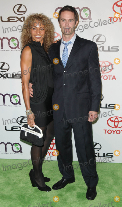 Michelle Hurd Photo - Photo by Genesisstarmaxinccom2010101610Michelle Hurd and Garret Dillahunt at the Environmental Media Awards(Burbank CA)