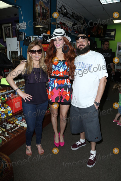 Brandi Passante Photo - Photo by JMATCWstarmaxinccom2013ALL RIGHTS RESERVEDTelephoneFax (212) 995-11963814Brandi Passante Phoebe Price and Jarrod Schulz out and about(Los Angeles CA)