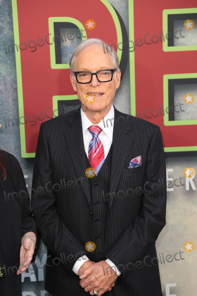 Richard Chamberlain Photo - Photo by gotpapstarmaxinccomSTAR MAX2017ALL RIGHTS RESERVEDTelephoneFax (212) 995-119651917Richard Chamberlain at the premiere of Showtimes Twin Peaks in Los Angeles CA