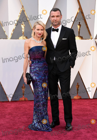 The 88 Photo - Photo by KGC-11starmaxinccomSTAR MAXCopyright 2016ALL RIGHTS RESERVEDTelephoneFax (212) 995-119622816Naomi Watts and Liev Schreiber at the 88th Annual Academy Awards (Oscars)(Hollywood CA USA)
