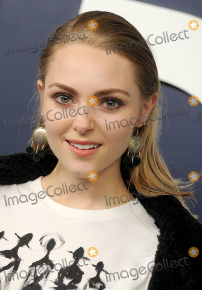 Annasophia Robb Photo - Photo by Dennis Van TinestarmaxinccomSTAR MAXCopyright 2017ALL RIGHTS RESERVEDTelephoneFax (212) 995-11962217AnnaSophia Robb at the premiere of the sixth and final season of Girls(NYC)