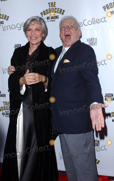 Anne Bancroft Photo - Photo by Lee RothSTAR MAX Inc - copyright 200352903Mel Brooks with wife Anne Bancroft at the opening night of The Producers(Hollywood CA)