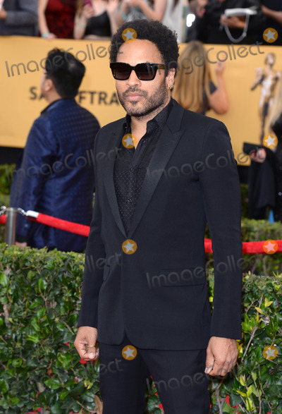 Lenny Kravitz Photo - Photo by DPstarmaxinccomSTAR MAX2015ALL RIGHTS RESERVEDTelephoneFax (212) 995-119612515Lenny Kravitz arriving on the red carpet at the 21st Annual Screen Actors Guild Awards held at the Shrine Auditorium(Los Angeles USA)