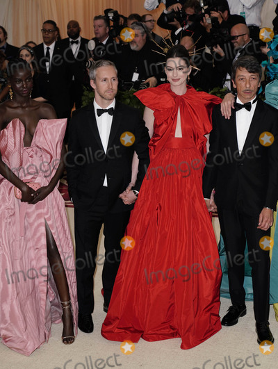 Adam Shulman Photo - Photo by zzXPXstarmaxinccomSTAR MAXCopyright 2018ALL RIGHTS RESERVEDTelephoneFax (212) 995-11965718Adut Akech Adam Shulman Anne Hathaway and Pierpaolo Piccioli at the 2018 Costume Institute Benefit Gala celebrating the opening of Heavenly Bodies Fashion and the Catholic Imagination(The Metropolitan Museum of Art NYC)
