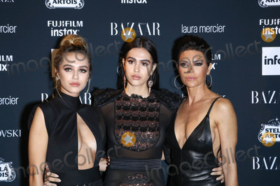 Amelia Hamlin Photo - Photo by John NacionstarmaxinccomSTAR MAX2017ALL RIGHTS RESERVEDTelephoneFax (212) 995-11969817Lisa Rinna Delilah Hamlin and Amelia Hamlin at The 2017 Harpers Icons in New York City