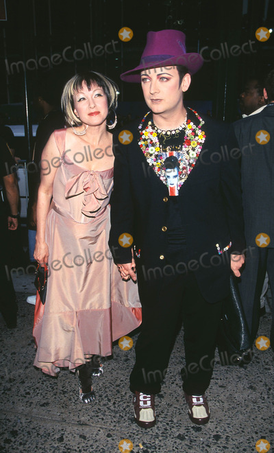 Boy George Photo - Photo by Peter KramerSTAR MAX Inc - copyright 20018101Cyndi Lauper and Boy George at MTV20 Live and Almost Legal(Hamerstein Ballroom NYC)