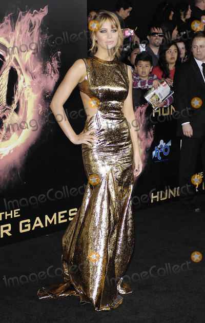 Jennifer Lawrence Photo - Photo by Michael GermanastarmaxinccomSTAR MAX2012ALL RIGHTS RESERVEDTelephoneFax (212) 995-119631212Jennifer Lawrence at the premiere of The Hunger Games(Los Angeles CA)