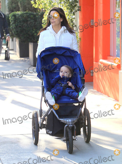 Eva Longoria Photo - Photo by SMXRFstarmaxinccomSTAR MAX2020ALL RIGHTS RESERVEDTelephoneFax (212) 995-119611120Eva Longoria is seen in Los Angeles CA