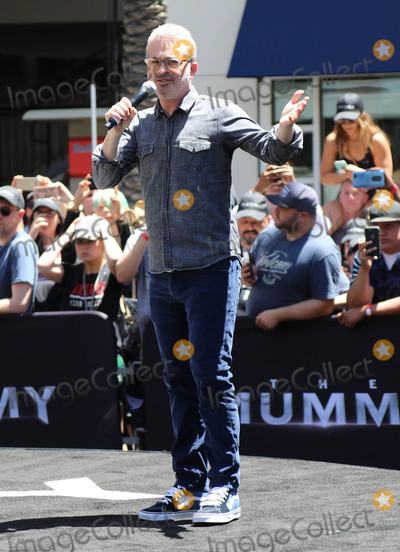 Alex Kurtzman Photo - Photo by gotpapstarmaxinccomSTAR MAX2017ALL RIGHTS RESERVEDTelephoneFax (212) 995-119652017Alex Kurtzman at The Universal Celebration of The Mummy Day With a 75-Foot Sarcophagus Takeover At Hollywood And Highland in Hollywood CA