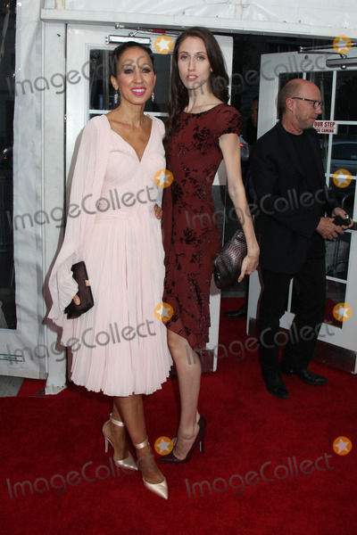 Anna Cleveland Photo - Photo by HQBstarmaxinccom2014ALL RIGHTS RESERVEDTelephoneFax (212) 995-11968614Pat Cleveland and daughter Anna Cleveland at the premiere of Life is Amazing(NYC)