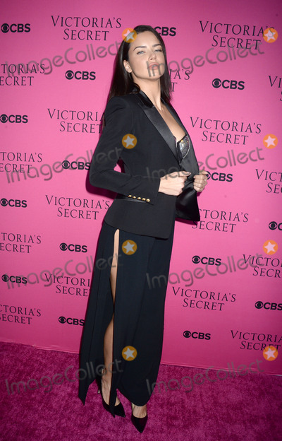 Adriana Lima Photo - Photo by Dennis Van TinestarmaxinccomSTAR MAXCopyright 2017ALL RIGHTS RESERVEDTelephoneFax (212) 995-1196112817Adriana Lima at The Victorias Secret Viewing Party in New York City(NYC)