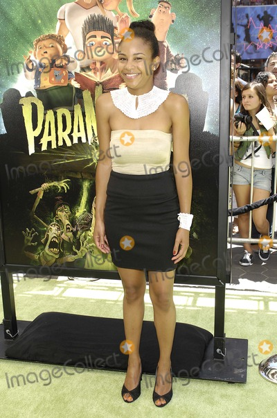 Aasha Davis Photo - Aasha Davis during the premiere of the new movie from Focus Features PARANORMAN held at the Universal City Walk Cinemas on August 5 2012 in Los AngelesPhoto Michael Germana Star Max